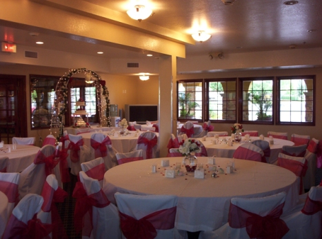 Perris Banquet Room (85-person seating)